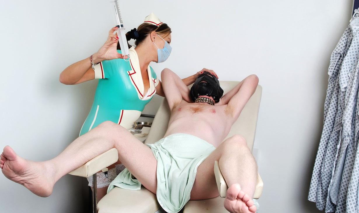 service dominatrix muntligt med kondom